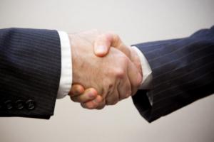 handshake-600x400